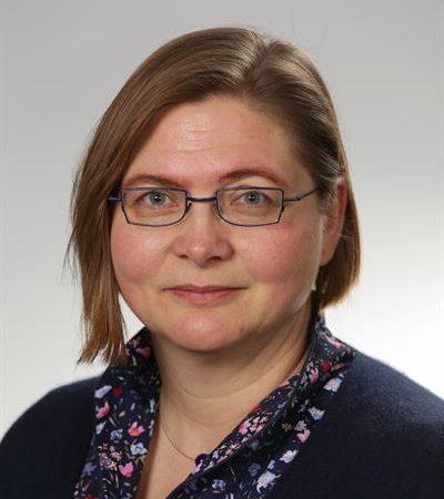 Frau Dr. Beyer Schulleiterin